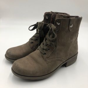 Rockport ankle boots size 7